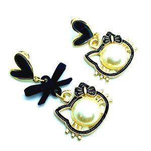 Hello Kitty Earrings Enamel & Pearl with Black Bow